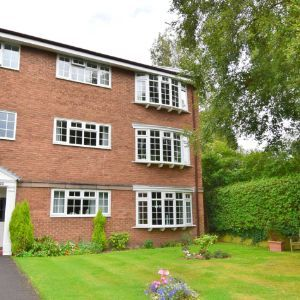 Pinewood Court, Broad Road, Sale, M33
