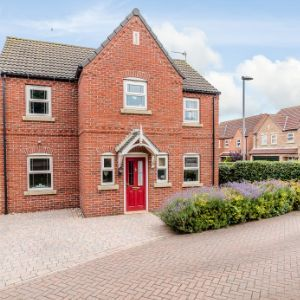 Wood Farm Close, Nettleton, Lincolnshire, LN7