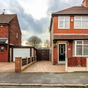 Guildford Grove, Middleton, Manchester, M24