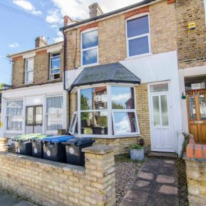 Seaford Road, Enfield, EN1