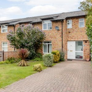 156 Guildford Road, , Lightwater, GU18 5RL