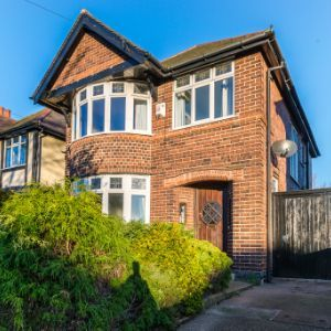 Wollaton Road, Nottingham, NG8