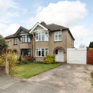 Westlands Avenue, Burnham, Slough, SL1