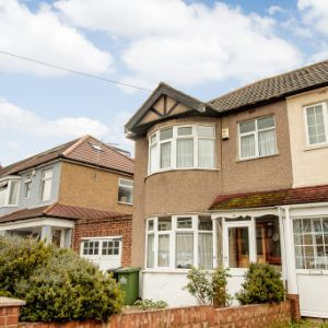 Hedworth Avenue, Waltham Cross, EN8