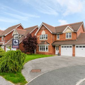 Elm Tree Grove, Blackburn, BB6