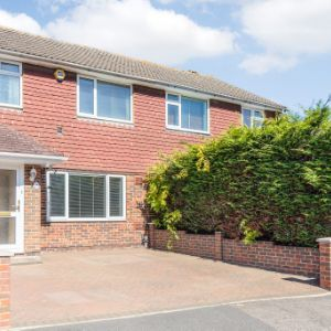 Thornbank Close, Staines-upon-thames, TW19