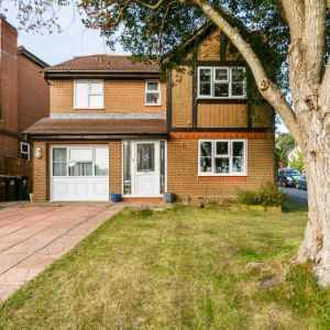 Mulberry Way, Heathfield, TN21