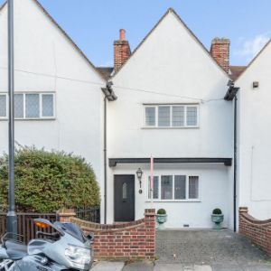 9 Martin Bowes Road, London, SE9 1LQ