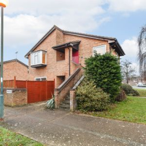 Morland Close, Hampton, Middlesex, TW12