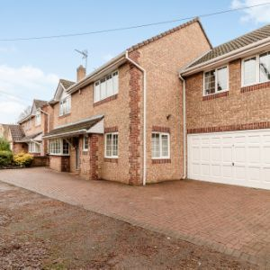 Hedgerow Walk, Cheshunt, Waltham Cross, EN8