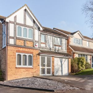 Tamarisk Close, Basingstoke, RG22