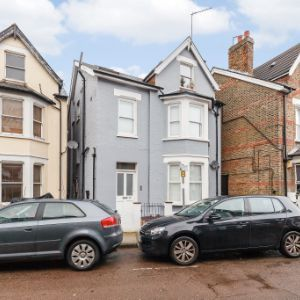 Larkfield Road, Richmond, Surrey, TW9