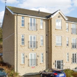 Flat 3, 1 Rowlands Close, Bradford, BD13 3GJ
