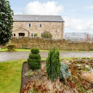 Lascelles Hall Road, Huddersfield, HD5 0AT