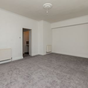 Old Hillview Place, Cowdenbeath, KY4