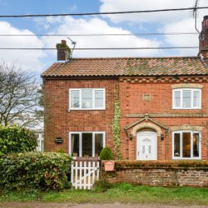 Magnolia Cottage, Woodgate, Dereham, Norfolk, NR20 4NU