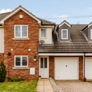 Orchard Place, Orchard Way, Luton, LU4
