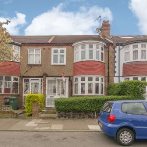19 Hillworth Road, London, SW2 2DZ