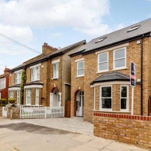 Flat1, 64a Tremaine Road, London, SE20