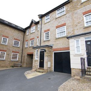 Theaks Mews, Taunton, TA1