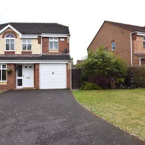 Woodfield Road, Alfreton, DE55
