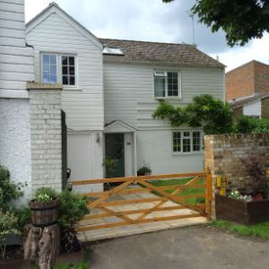 French Street, Sunbury-on-thames, Surrey, TW16