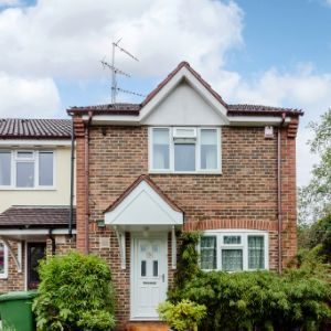 Oberon Close, Borehamwood, WD6