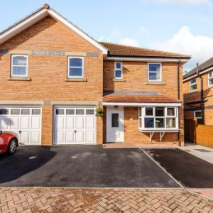 Thamesbrook, Sutton-on-Hull, Hull, HU7
