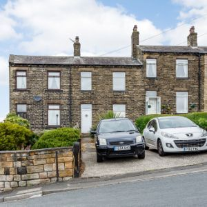 Knowles Hill Road, Dewsbury, WF13