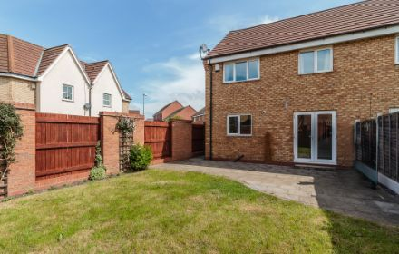 Manifold Way, Wednesbury, WS10